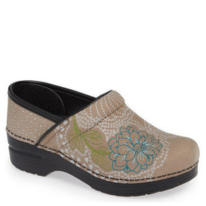 Dansko Womens Professional Embroidered